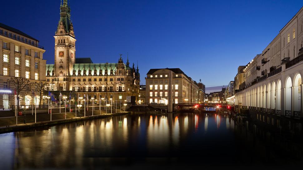 Ortszeit Hamburg